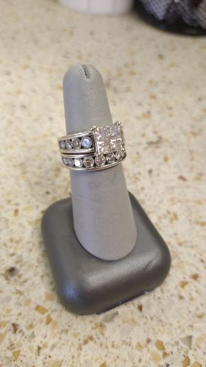 Lady's 14k White Gold Wedding Set for Sale in Victoria, TX