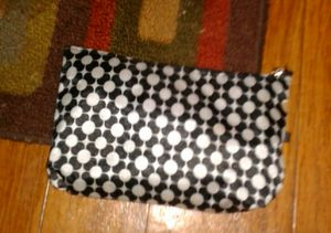 Black/white cosmetic bag for Sale in Berea, KY