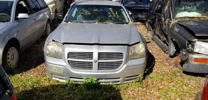 Dodge Magnum for Sale in Seffner, FL