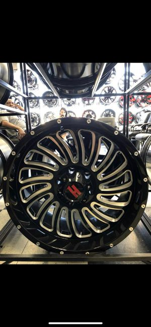 20x12 Wheels and tires set 33 1250 20 for Sale in Phoenix, AZ
