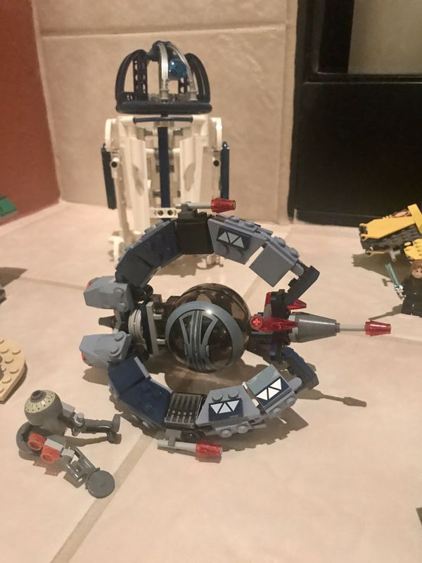 9 LEGO STAR WARS Sets 7144, 6208, 7252, 6205, 7256, 8009, 7111, 4486, and 4484.