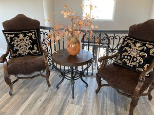 Wooden Round Table with 2 Chairs for Sale in Concord, CA