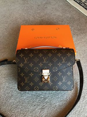 Louis Vuitton LV Monogram Pochette Metis Crossbody Bag Purse Handbag for Sale in Naperville, IL