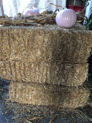 Hay ——- Paja for Sale in Garden Grove, CA