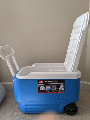 Travel Cooler (Wheelie Cool) for Sale in Phoenix, AZ