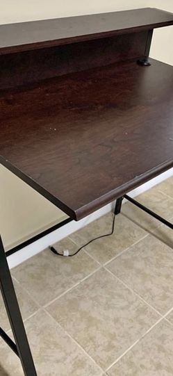 Computer desk for Sale in Rosedale,  MD