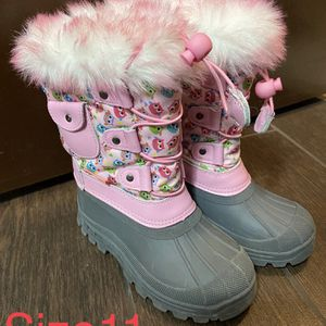 Girl Snow Boots for Sale in Los Angeles, CA