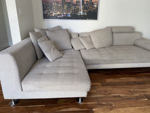 Sectional couche for Sale in Auburn, WA