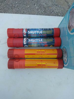 SAFETY PARACHUTE FLARES. READ DETAILS for Sale in St. Louis, MO