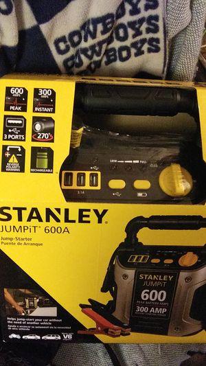 Stanley Jumpit 600 amp for Sale in El Dorado, AR