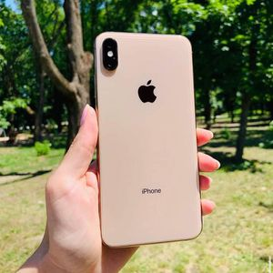 iPhone xs max for Sale in Kit Carson, CO