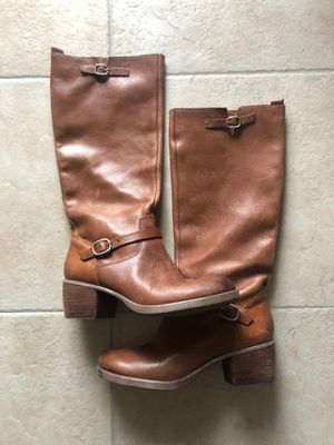 LuckyBrand women's brown leather boots size 10 for Sale in Phoenix, AZ