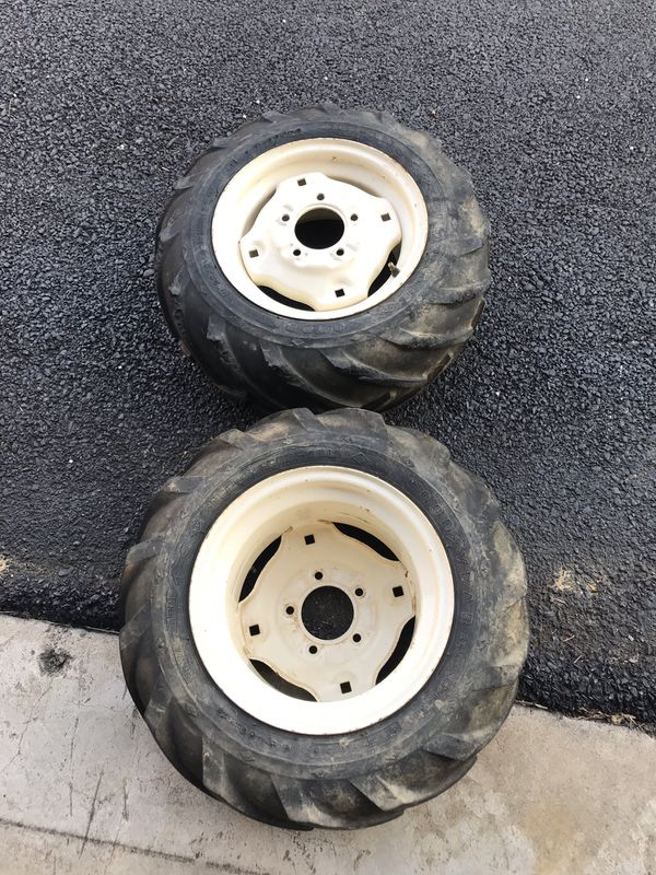 Tractor tires (Front)