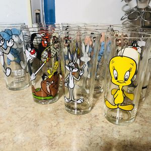 Looney Tunes Pepsi Collector Series 1973 for Sale in Port Richey, FL