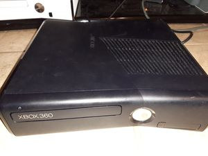 Xbox 360 slim 4gb for Sale in Houston, TX