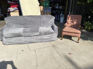 SteelFlex Queen pull out sofa and chair w/ cover for Sale in Lodi, CA
