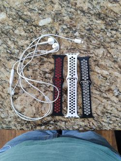 Apple Bands Series 4 Size 44mm (Red and Black, White and Black, Black and White) Also including apple headphones (out the pack but never use) for Sale in Virginia Beach,  VA