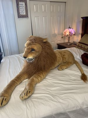Large Stuffed Animal Lion for Sale in San Pablo, CA