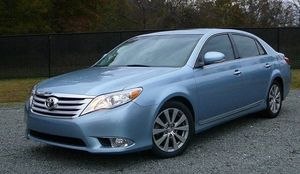 2012 Toyota Avalon limited for Sale in Ludlow, KY