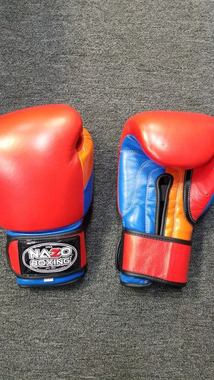 Armenian boxing gloves for Sale in Los Angeles, CA
