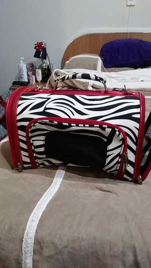 Dog carrier for Sale in Chicago, IL