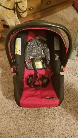 Car seat for Sale in Manassas, VA