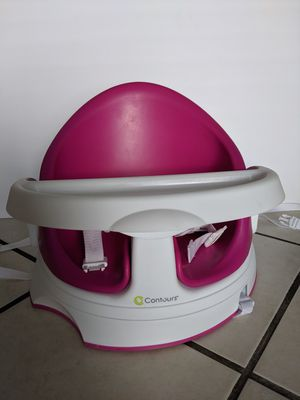 Booster and feeding seat with tray for Sale in Miami, FL
