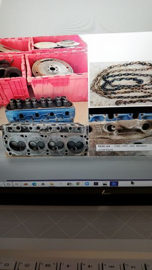 FREE Ford Heads Set+Eng Parts+Chain FREE for Sale in Monroe Township, NJ