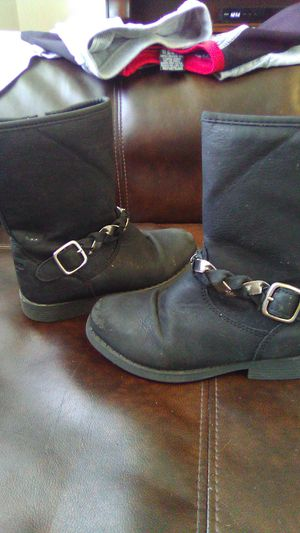 Osh kosh girls size 11 boots for Sale in Hendersonville, TN
