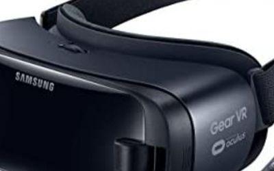 Samsung Gear VR W/ Controller for Sale in Hollywood,  FL