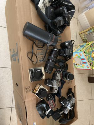 Camera and lenses Canon and Minolta for Sale in Hialeah, FL