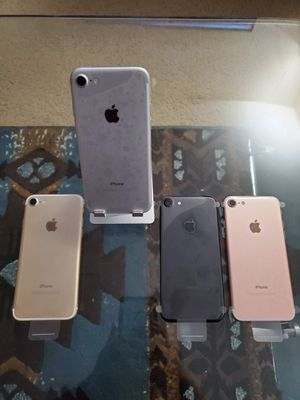 iPhone 7 32GB Factory Unlocked for Sale in Jurupa Valley, CA