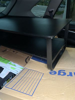 Coffee table nice in great condition for Sale in Pembroke Pines, FL