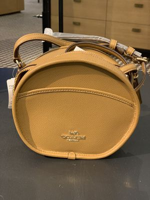 Coach Light Saddle Canteen Crossgrain Leather Crossbody Bag for Sale in Union City, CA