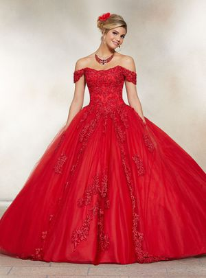 Quinceanera size 4 for Sale in Grand Prairie, TX