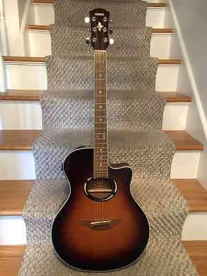 Acoustic Guitar Yamaha for Sale in Granby, CT