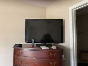 "Tv 32"" with remote for Sale in Montgomery, AL"