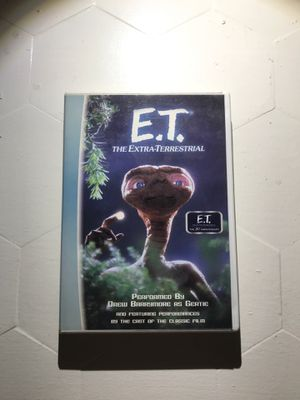 ET Read Along Cassette and DVD for Sale in Los Angeles, CA