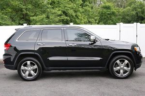 Tow package2012 Jeep Grand Cherokee for Sale in Des Moines, IA