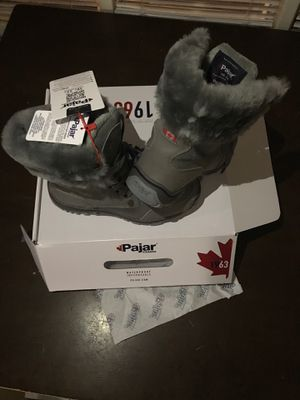 Pajar women's snow boots. Size 6 for Sale in Long Beach, CA