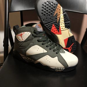 Nike Air Jordan Patta Icicle Retro 7 Size 9.5 for Sale in Burkeville, VA