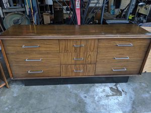 Dresser and nightstand for Sale in Hayward, CA
