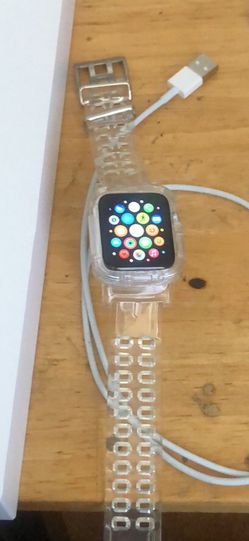 42mm Apple Watch Series 3 for Sale in Washington,  DC