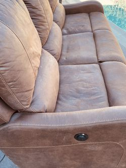 Couch for sale with reclining at each end. for Sale in La Mirada,  CA
