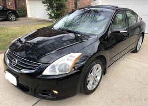 FOR SALE 2O1O Nissan Altima V6 Sedan for Sale in Dallas, TX
