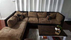 Must Go! Brown sectional .... for Sale in Fort Lauderdale, FL