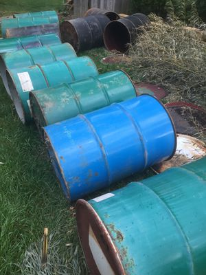 ***FREE*** 55 gal Steel drums for Sale in Burtonsville, MD