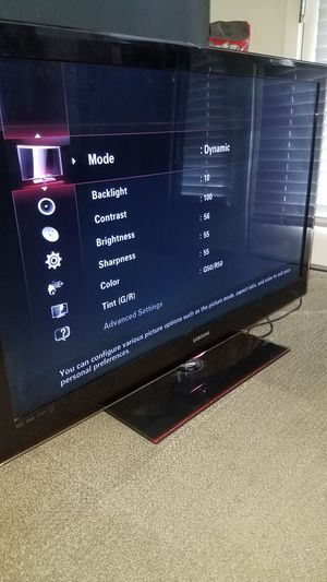 "46""Samsung Led HD 1080p clear motion 120hz NO SMART TV Model UN46B6000 for Sale in San Jose, CA"