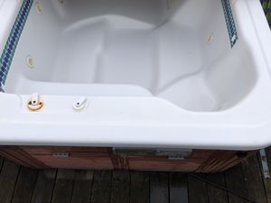 Hotsprings Sovereign hot tub for Sale in SEATTLE, WA