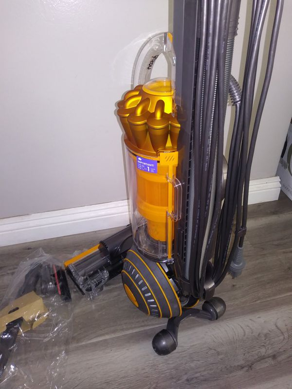 Dyson Ball Multi Floor 2 Vacuum (Price is Firm)